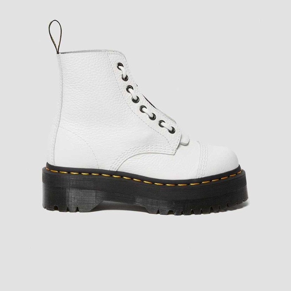 Dr. Martens Sinclair Aunt Sally white